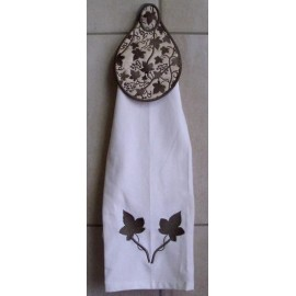 TDZ086 - Vine Towel Topper